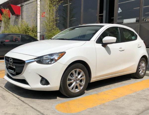 Mazda 2 2018 - 01b