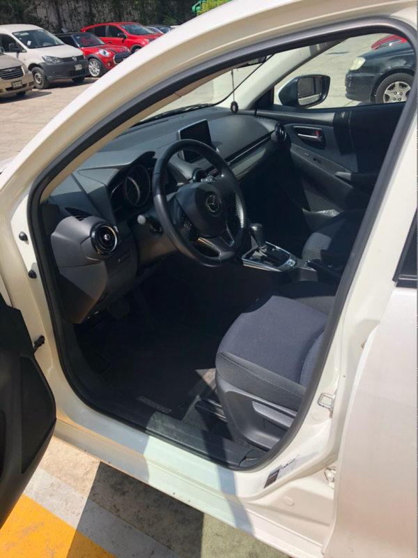Mazda 2 2018 - 02b